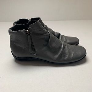 Walking Cradles Gray Leather Booties Size 7